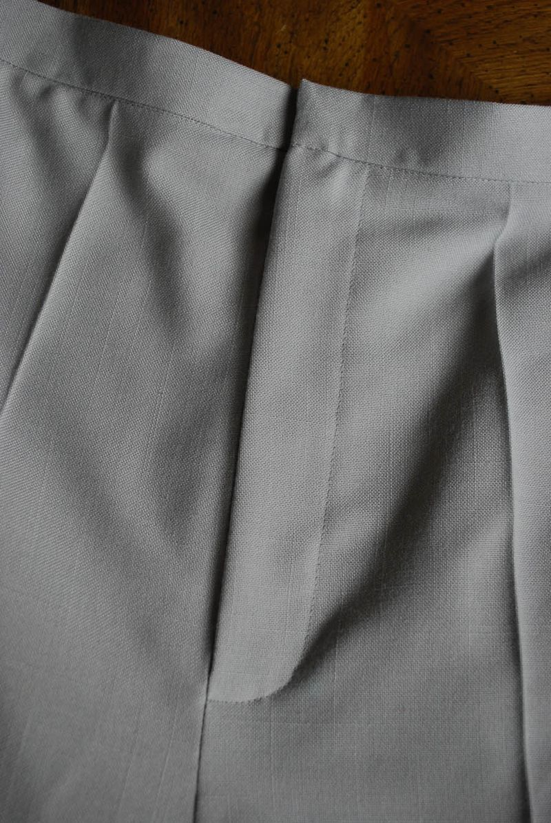 Pants fly detail