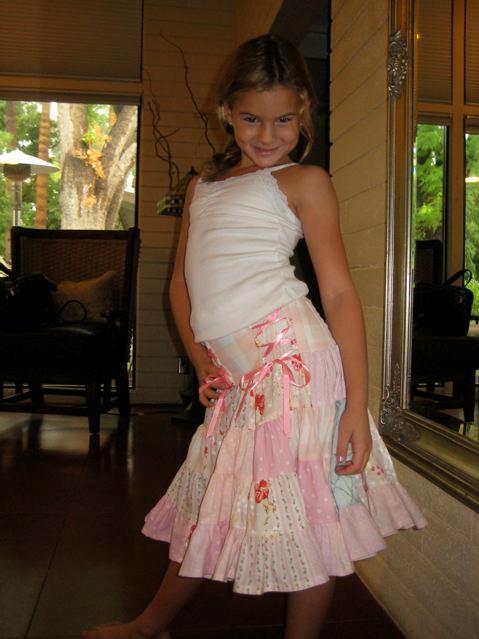 Lindsey xmas skirt 2 2008a
