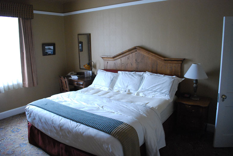 Hassayampa-Inn-room