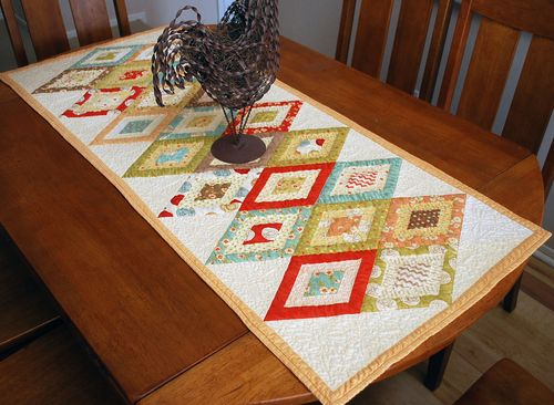 Fig Tree table runner